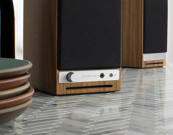 AudioEngine HD3 ลำโพงไร้สาย Wireless Speaker System รองรับ Bluetooth 5.0 aptX HD